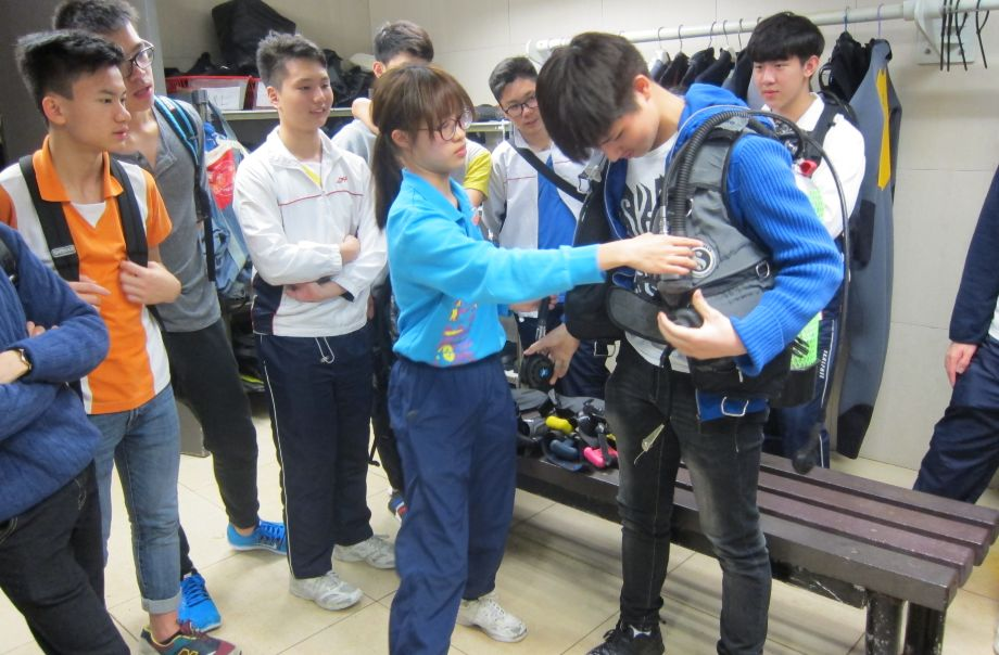 Whale (Secondary 4 - 6) - Workplace Visits to Ocean Park