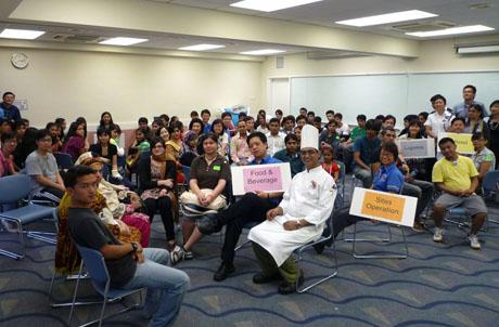 附圖:超過70名少數族裔人士出席講座,了解海洋公園的工作機會