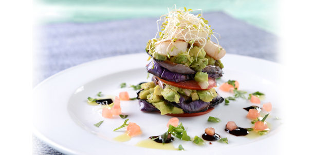 Photo 1, 2 and 3: For this year's Summer Splash, Ocean Park has specially created a number of refreshing dishes by adding fresh hydroponic vegetables and using thirst-quenching fruits.