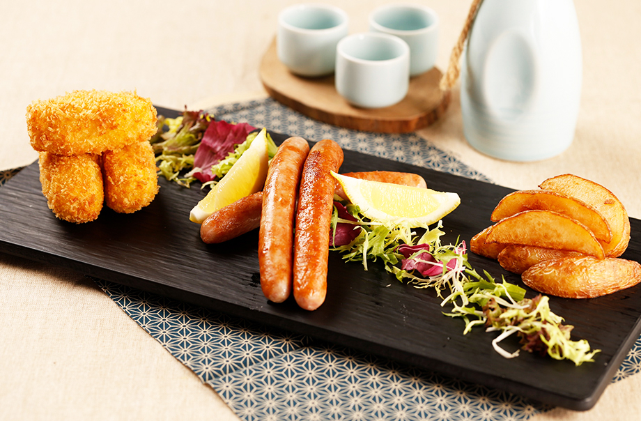 北海道男爵薯饼丶北海道柚子豚肉肠及北海道印加薯仔角