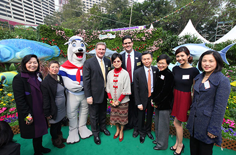 Photo 2: (5th to the left) Mrs. Selina Tsang, wife of the Chief Executive of the HKSAR, poses for a picture with Ocean Park colleagues and guests of honor at the Hong Kong Flower Show 2011