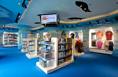 Located at the Aqua City area inside Ocean Park, the brand new Discovery Channel store features over 200 different products from across the Discovery brands, including Discovery Channel, Discovery Expedition, Animal Planet and Discovery Kids.