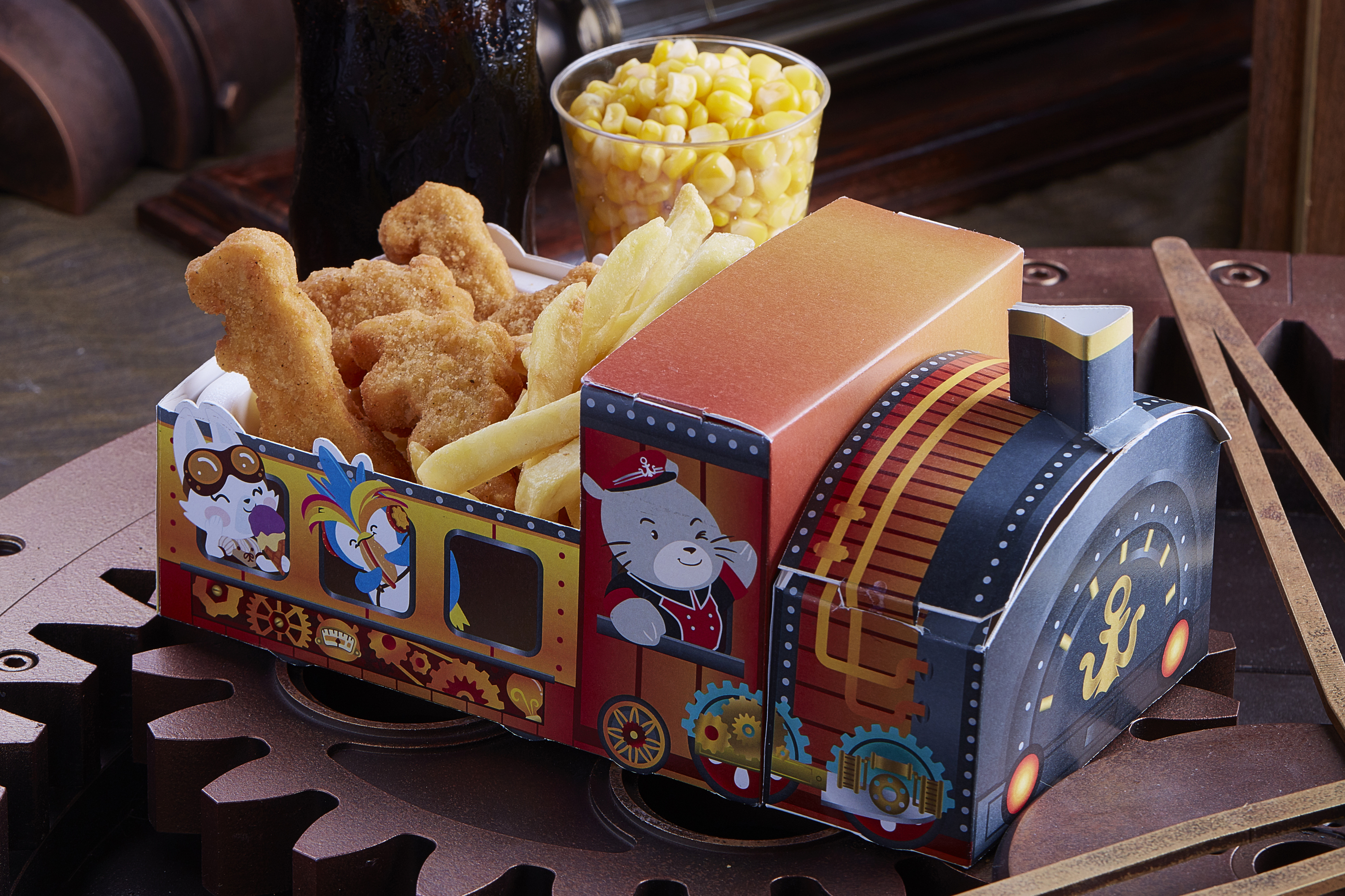 "Food Kiosk ""Whiskers Fries"" at Whiskers Harbour: 25% off on a set of Redd Kid's Combo"