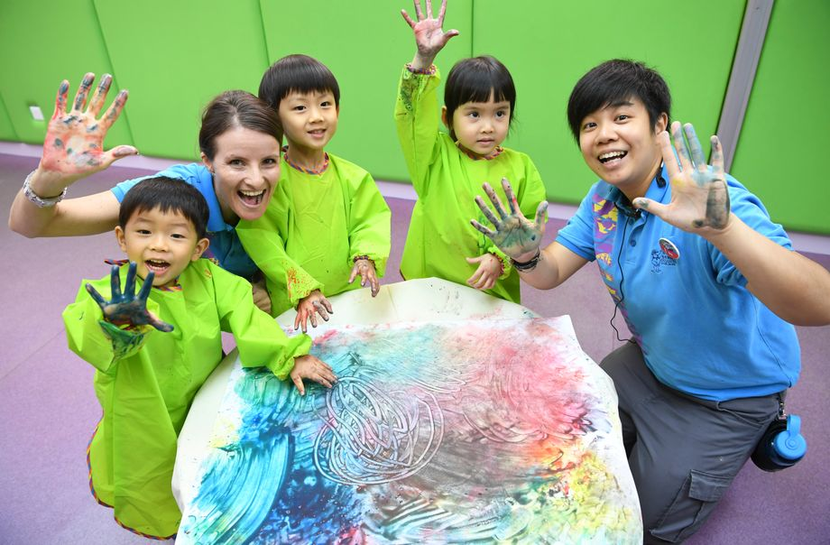 Art & Sensory Play (3-6 years old)