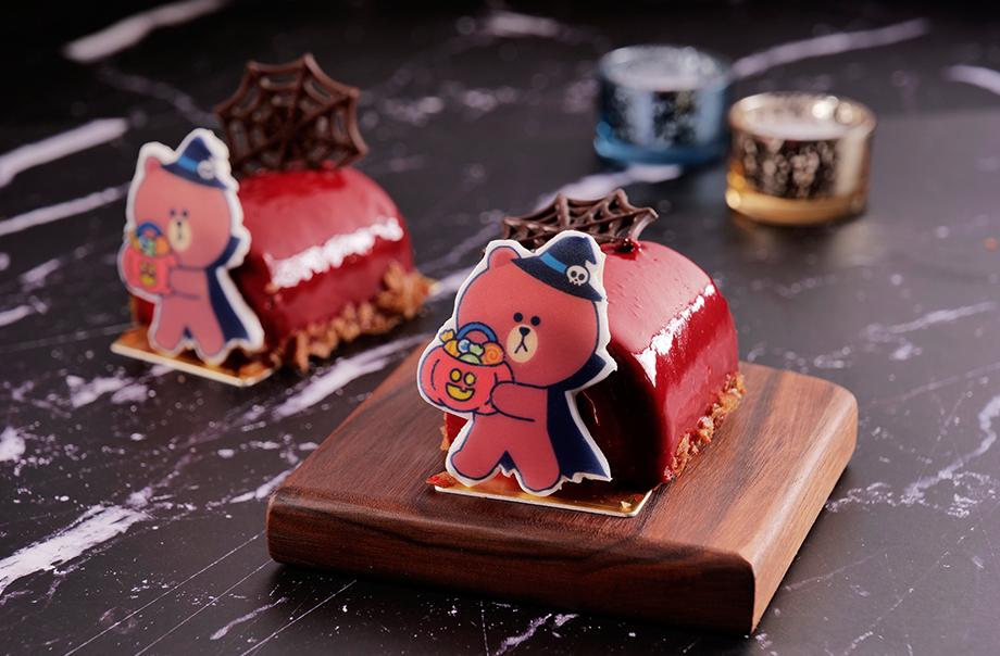 WIZARD BROWN Halloween Cherry Chocolate Roll Cake