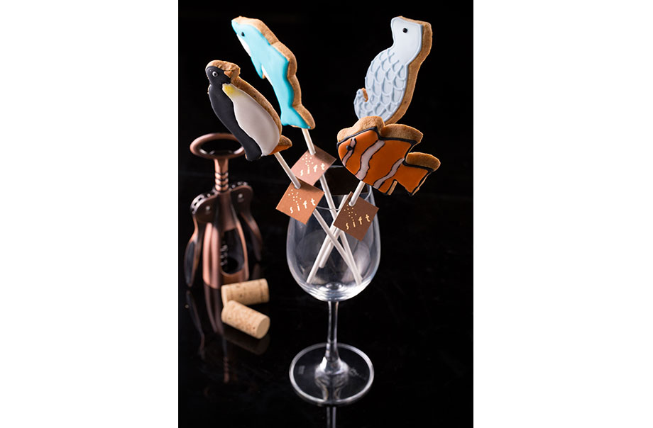 Marine Animal Lollipop Cookies (Chill Out @ The South exclusive) – Sift, a modern patisserie famed for its pure flavours.