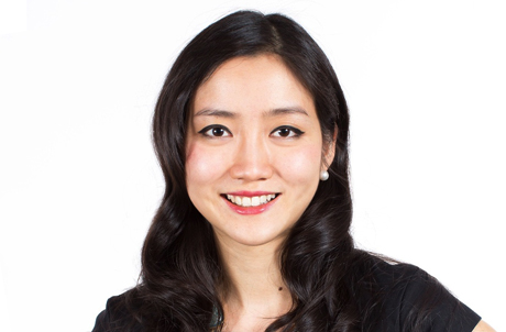 何潘芷慇女士