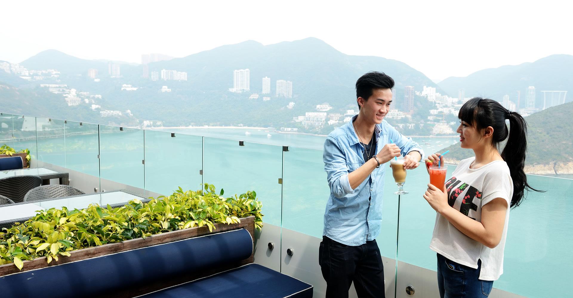 https://media.oceanpark.com.hk/files/s3fs-public/TheBayviewRestaurant2.jpg