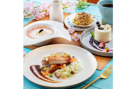"""Enjoy HK$298 special price for a set of """"Hokkaido Fest 4-course Set Menu"""" (original price HK$388)"""
