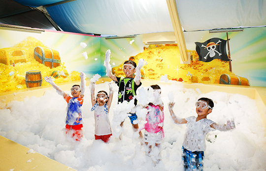 SmartFun Premium and Gold Pass Members: Exclusive Time Slots for One Piece Little Pirates' Splash Zone and Little Pirates' Foamy Fun Party