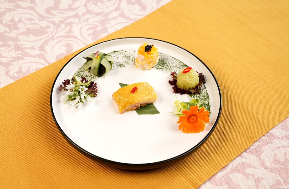 Huadiao Chicken, Aged Vinegar with Fungus and Cucumber, Lobster and Mango Salad, Celtuce with Sesames Dressing