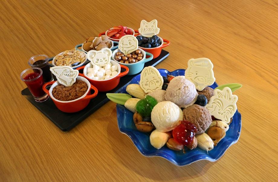 DIY Dessert Ice Cream Sundae (Tuxedos Restaurant)