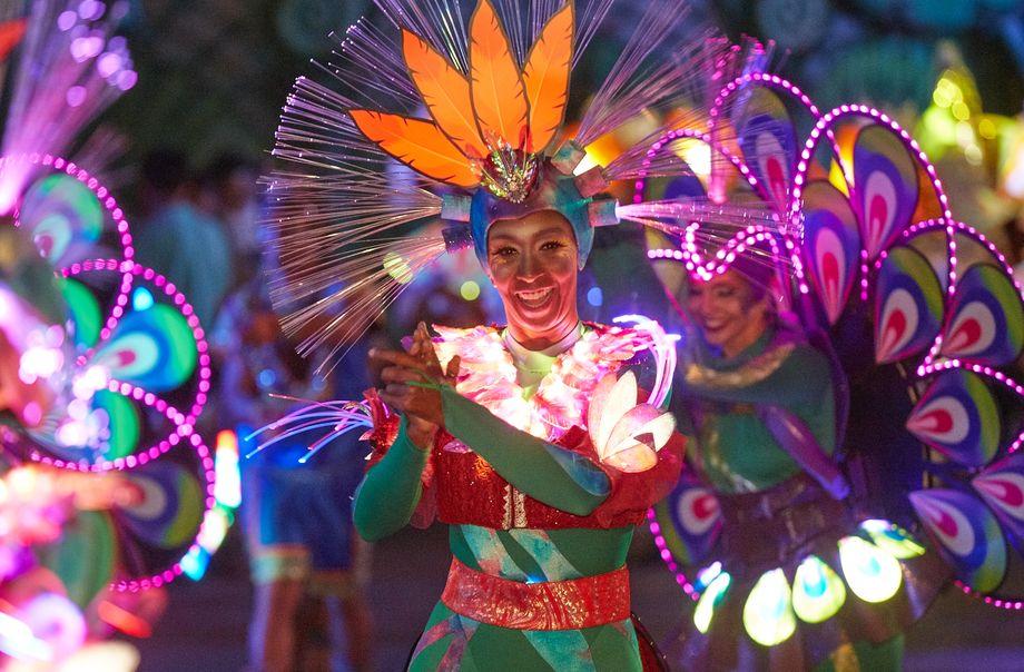 加勒比夏夜巡游