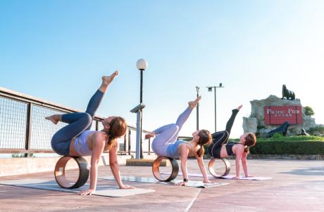 Yoga Vogue